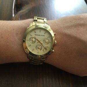 Michael Kors gold chronograph watch (MK 5132)